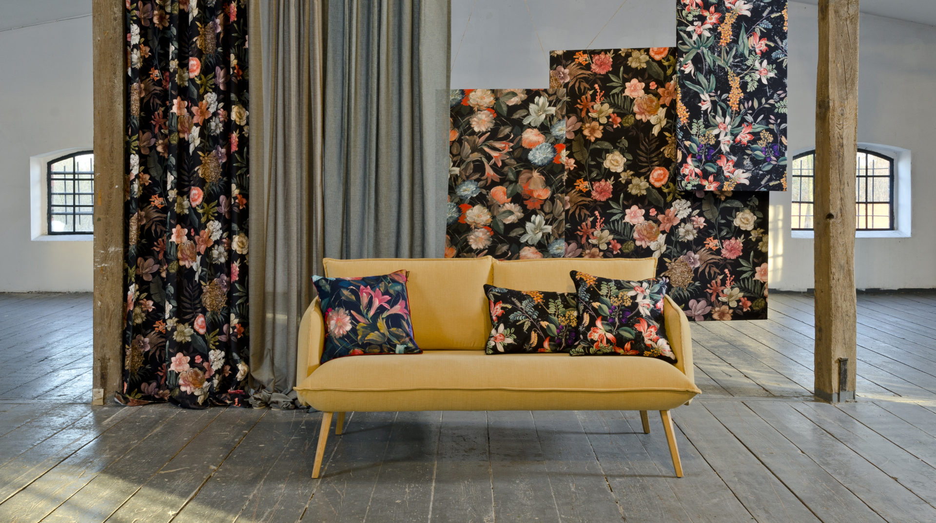 Skey sofa (fabric)